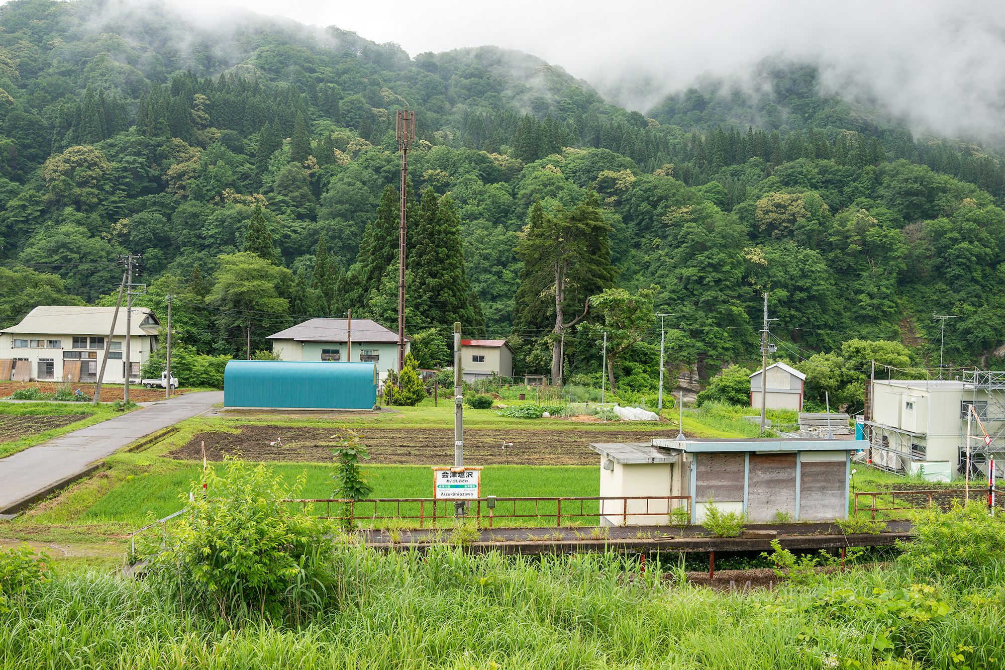只見線の不通区間の会津塩沢駅です